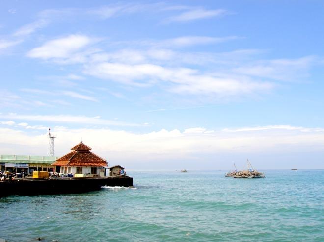 Pelabuhan Ratu Beach