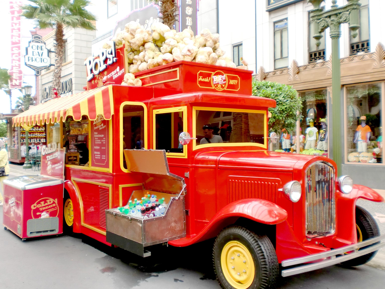 A Day In The Movies Universal Studio Singapore Sharon Loh Tiket Singapura Anak Hollywood Pop Corn Car
