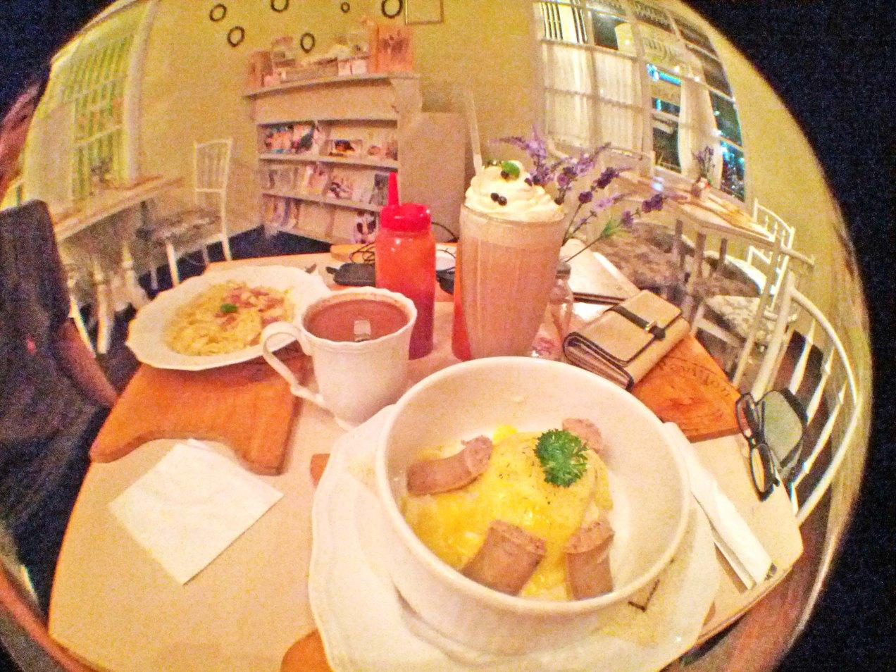 Nanny's Pavilon Food
