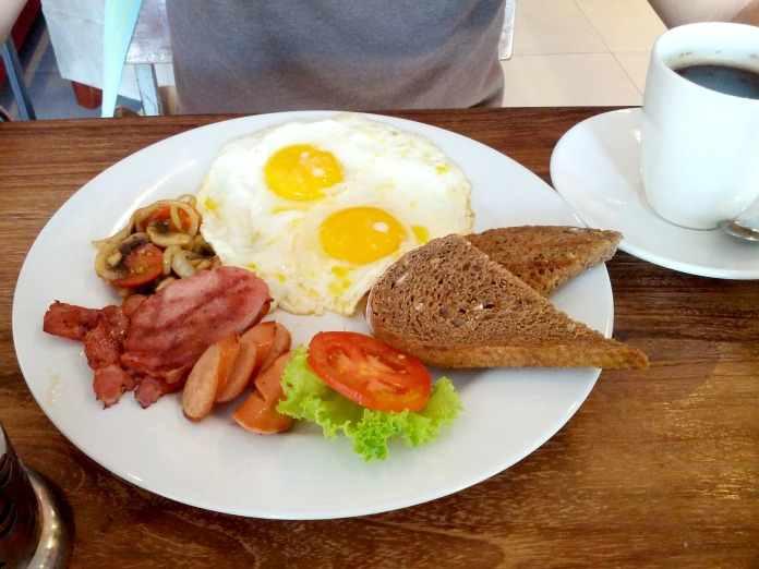 English Breakfast Set at Bread Basket Sanur