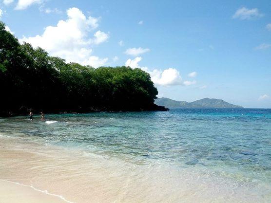 snorkeling at blue lagoon beach bali sharon loh. Black Bedroom Furniture Sets. Home Design Ideas