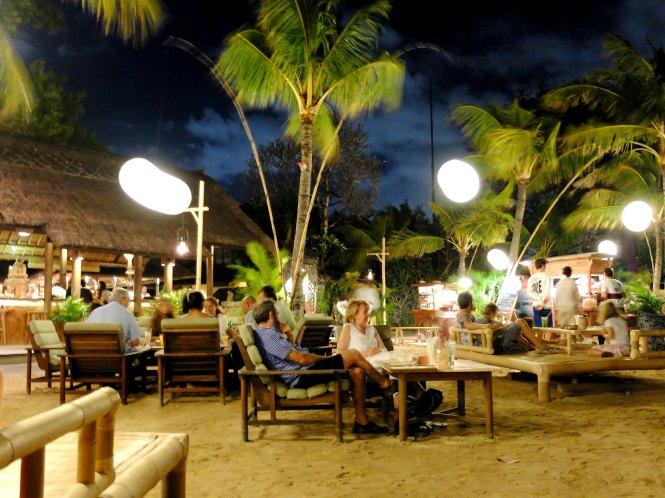 Weekend Beach Market Tandjung Sari