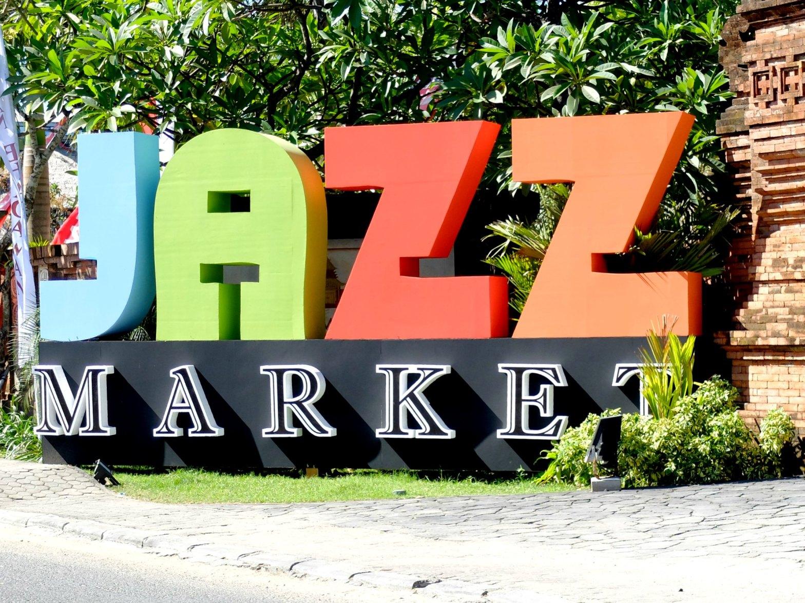 Jazz Market By The Sea