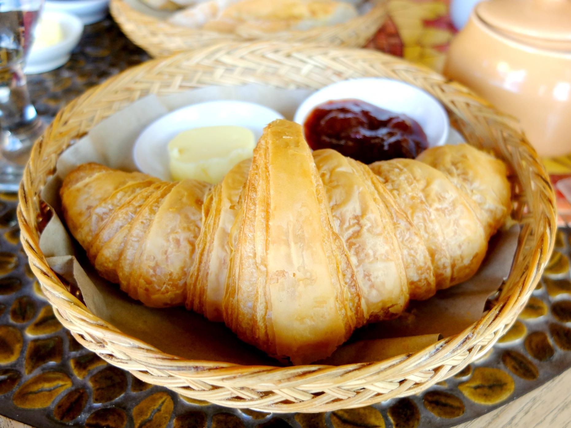 Cafe Moka Croissant