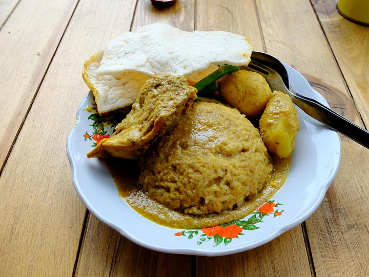 Makanan Dusun Bambu