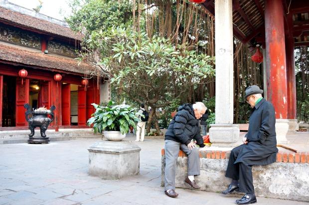 Hoan Liem Lake Temple