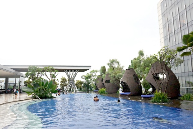 Pool Hilton Bandung