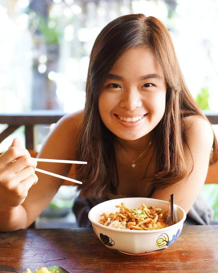 Makan khao soi di chiang mai