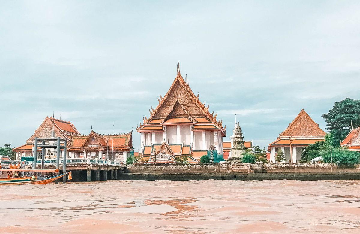 5 Tempat Belanja Murah di Bangkok